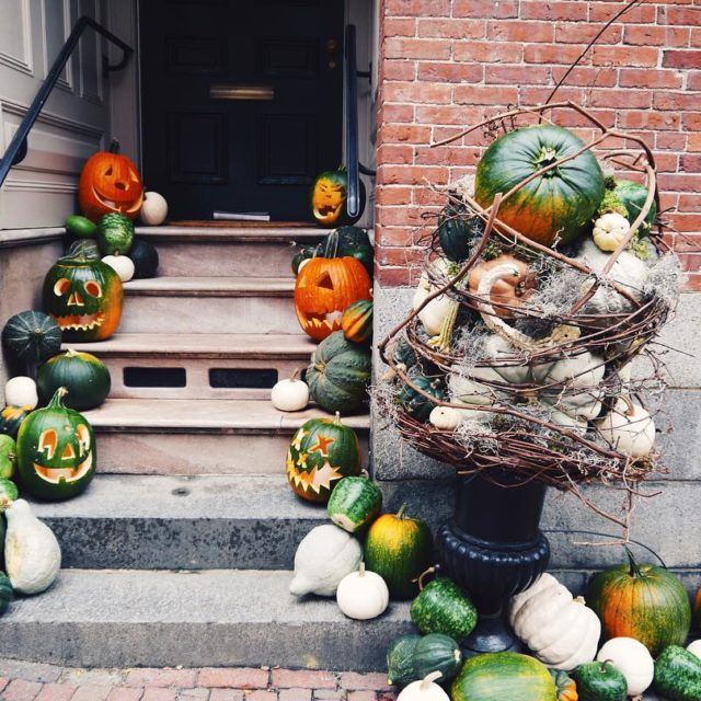 The Halloween decorations in Beacon Hill really are some ofhellip
